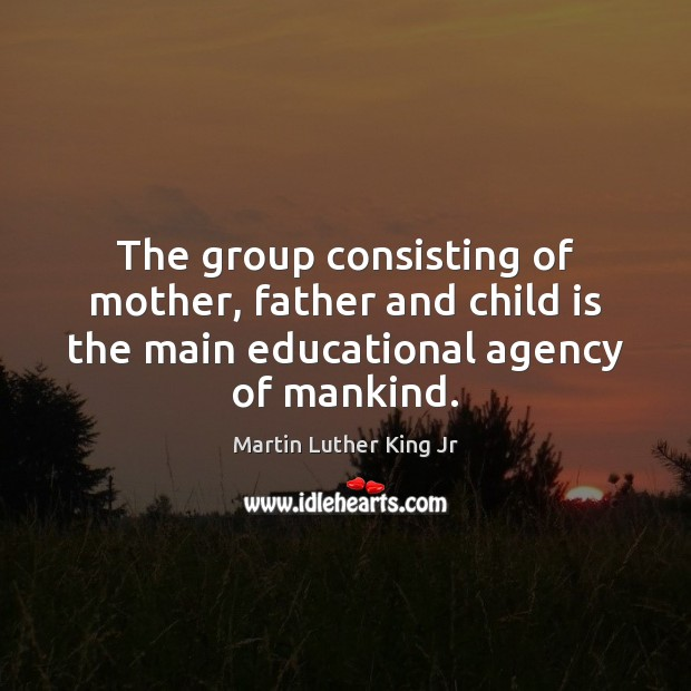 The group consisting of mother, father and child is the main educational Image